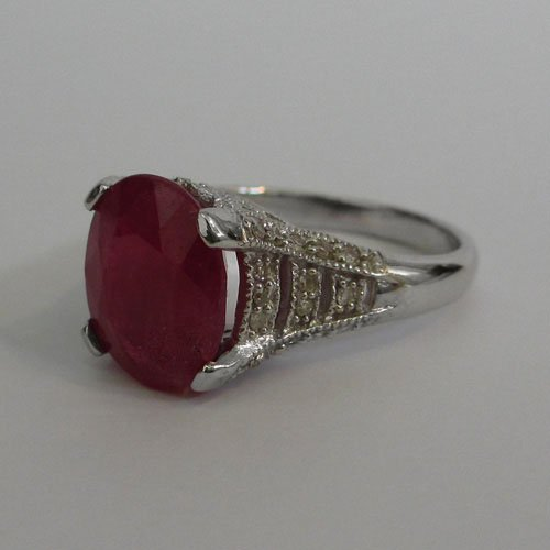 14KT White Gold Ring with Natural Ruby and Diamonds