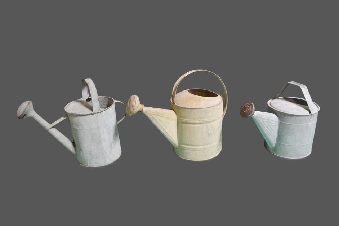 """Watering Can X-3 16 1/2""""H      /      16 1/2""""H       /"""