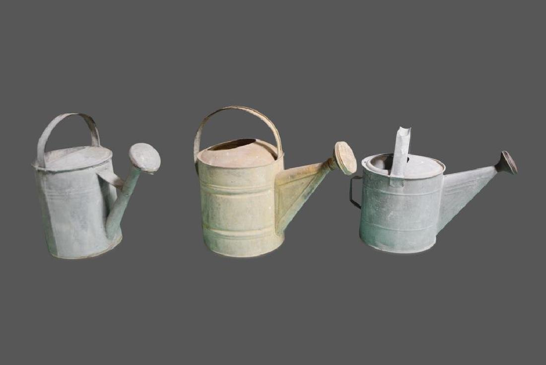 """Watering Can X-3 16 1/2""""H      /      16 1/2""""H       / - 2"""