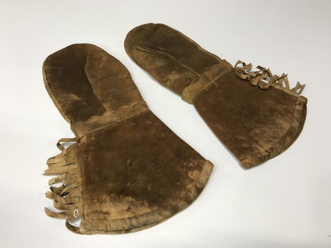 Chippewa Beaded Mitts 1930's-1940's - 2