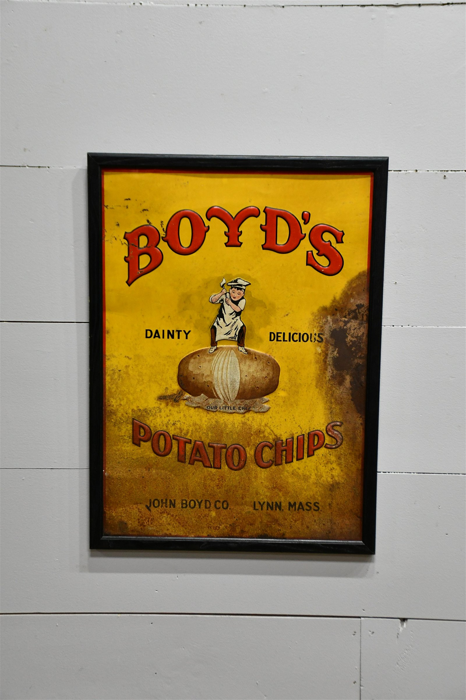 "Boyd's Potato Chips Sign   -     metal 30""  x   22"""