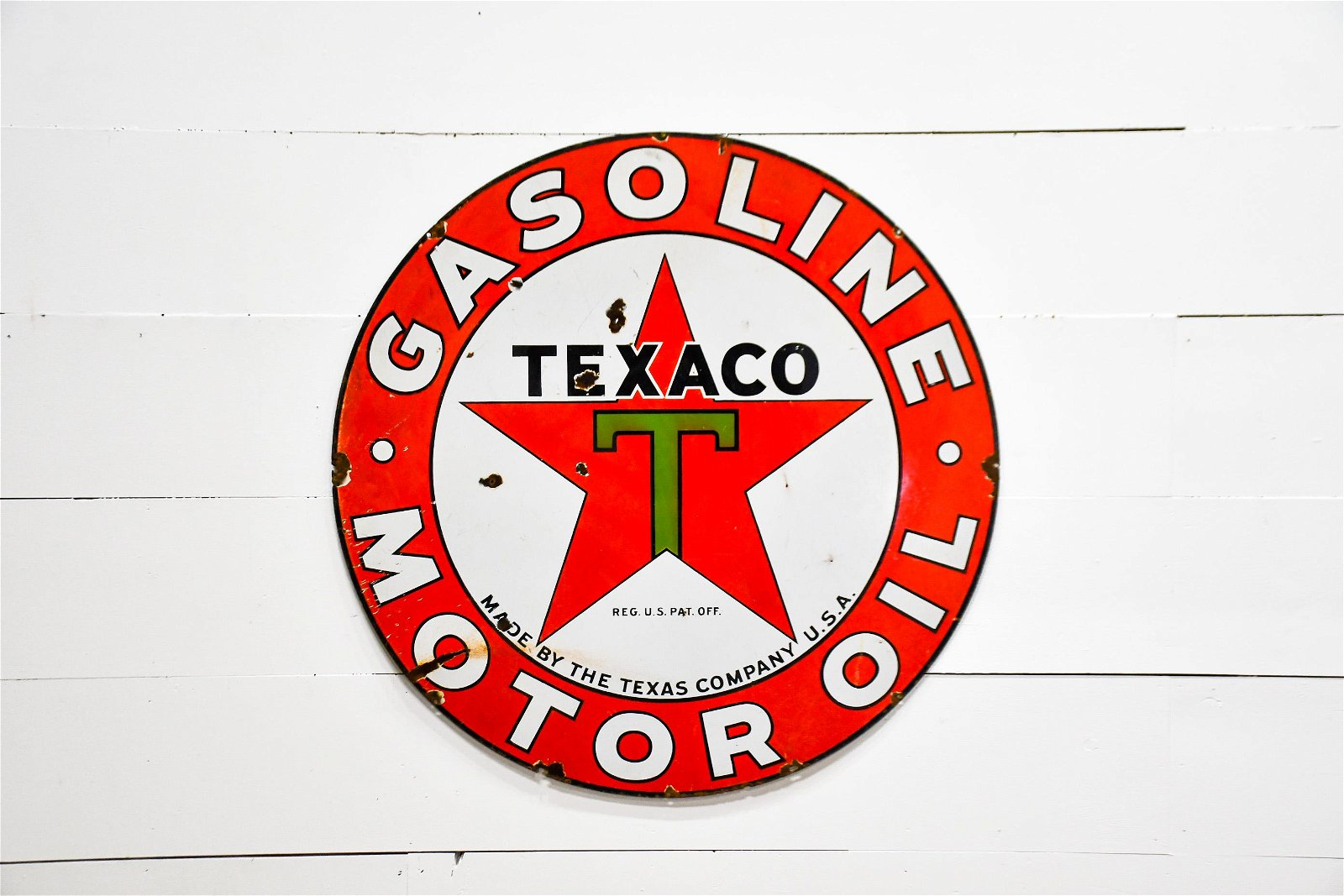 "DSP  Texaco Gasoline / Motor Oil Sign 42"" diam."