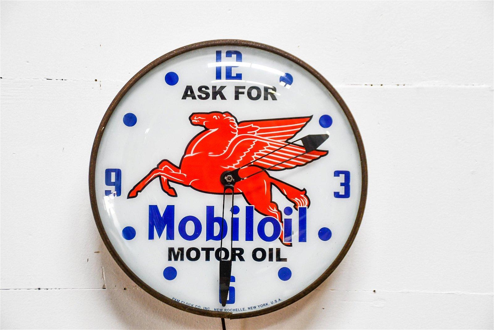 "Mobiloil Pegasus Advertising Clock  -  works 15"" diam."