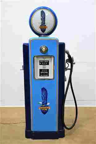 Restored Wayne Pump Advertising Richfield Gas *lights