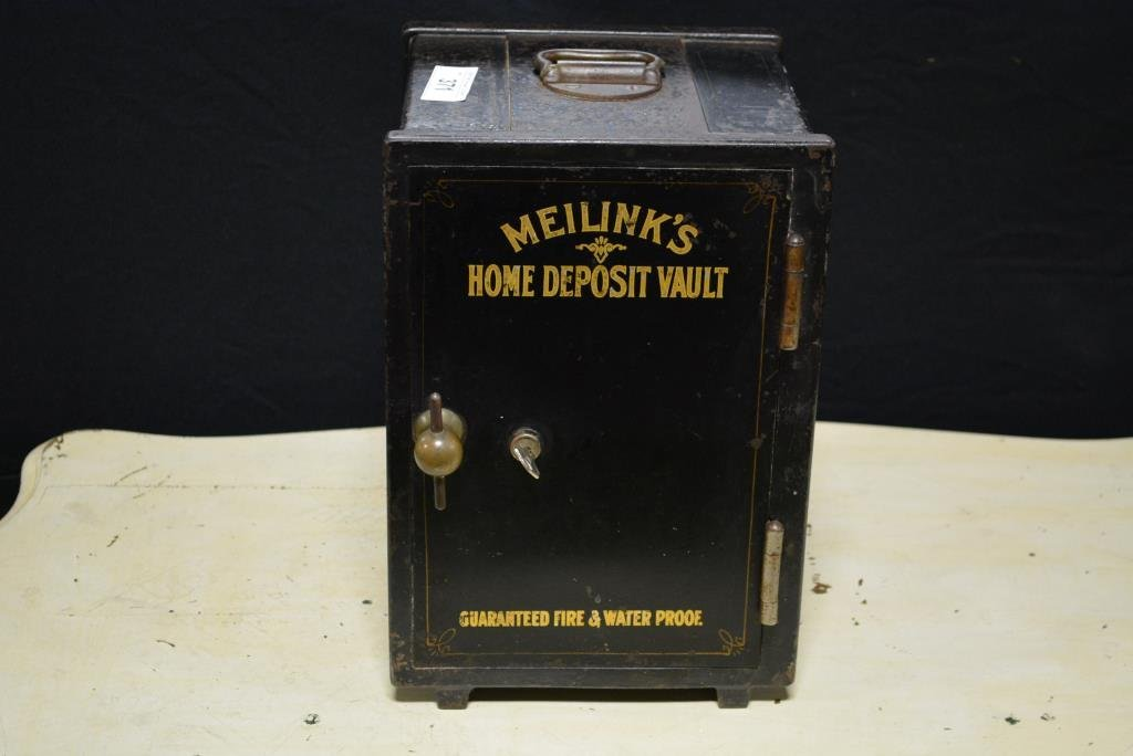 Meilink's Home Deposit Vault w/Key