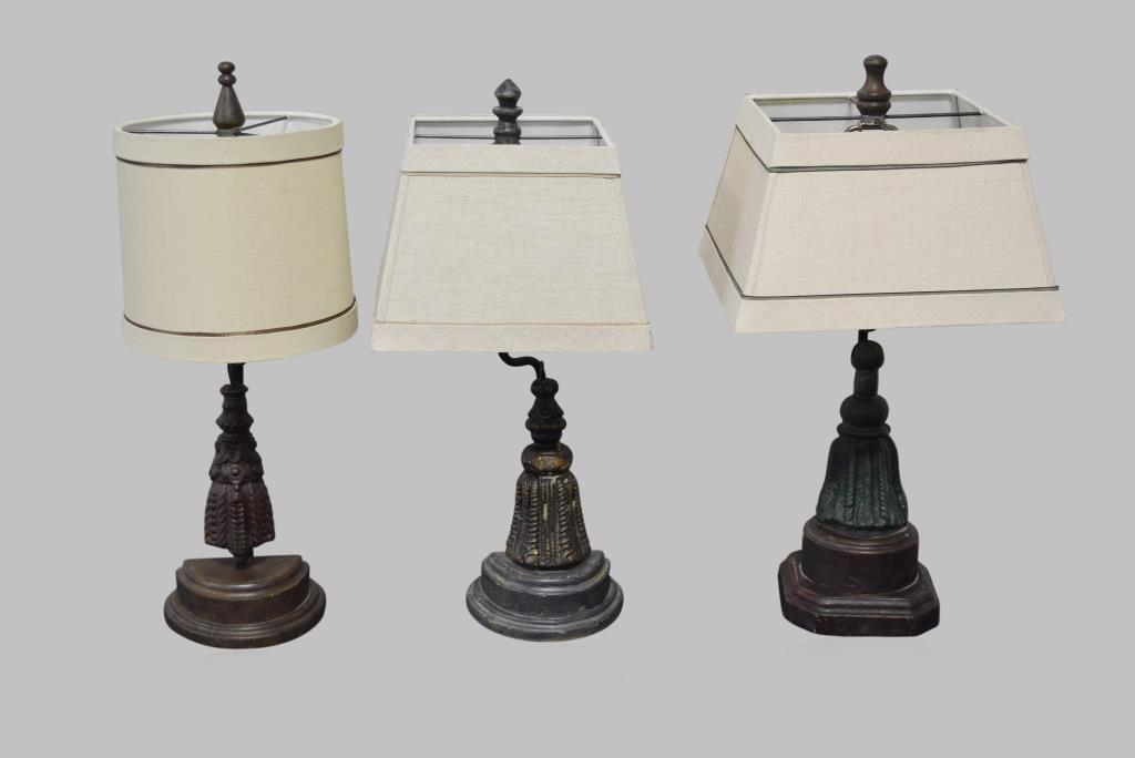 "3-Piece Lamp Lot 21 1/2""H      /     20 1/2""H         /"