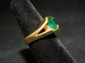 21: 18kyg Emerald Ring