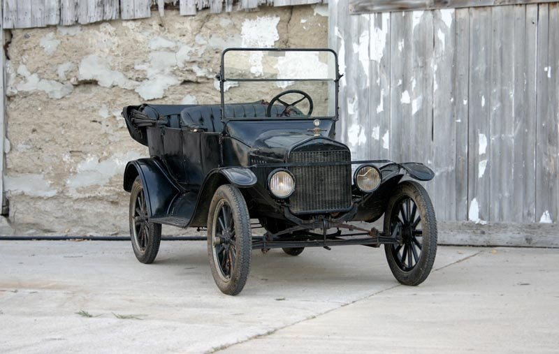 21: 1920 Ford Model T Touring