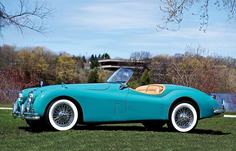 113: 1956 Jaguar XK 140 Roadster