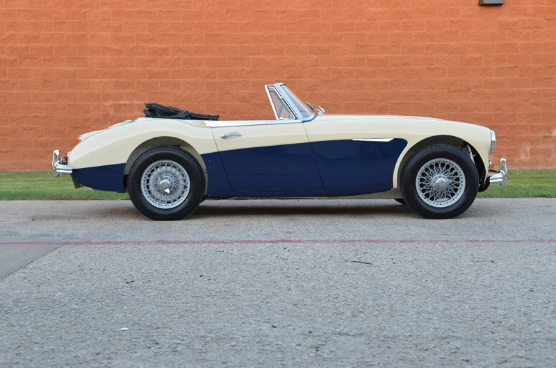 116: 1966 Austin Healey BJ8 Roadster
