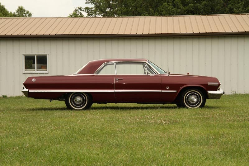 123: 1963 Chevrolet  Impala SS 409 Sport Coupe - 4