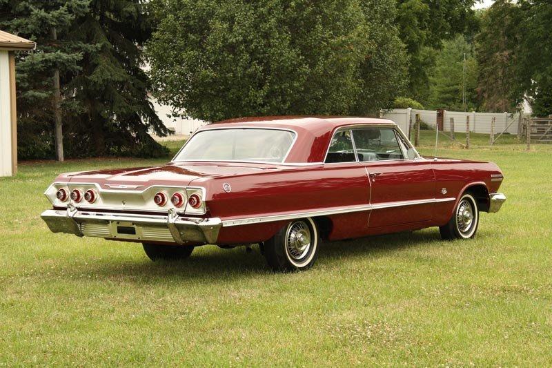 123: 1963 Chevrolet  Impala SS 409 Sport Coupe - 5