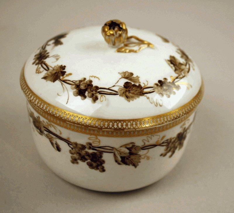 6: Deckeldose Meissen um 1780