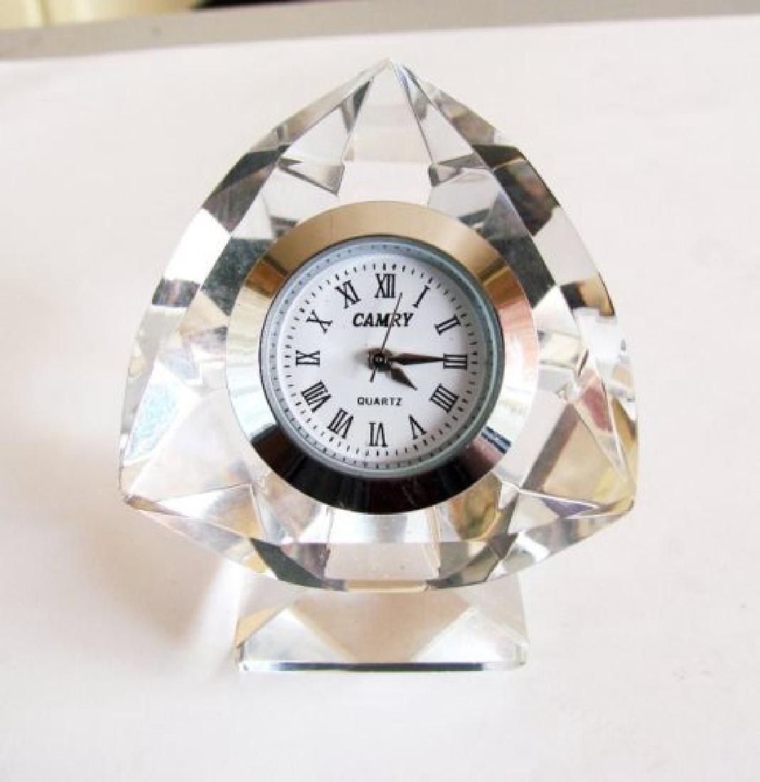 Camry Quartz Clock Crystal Platinum Overlay