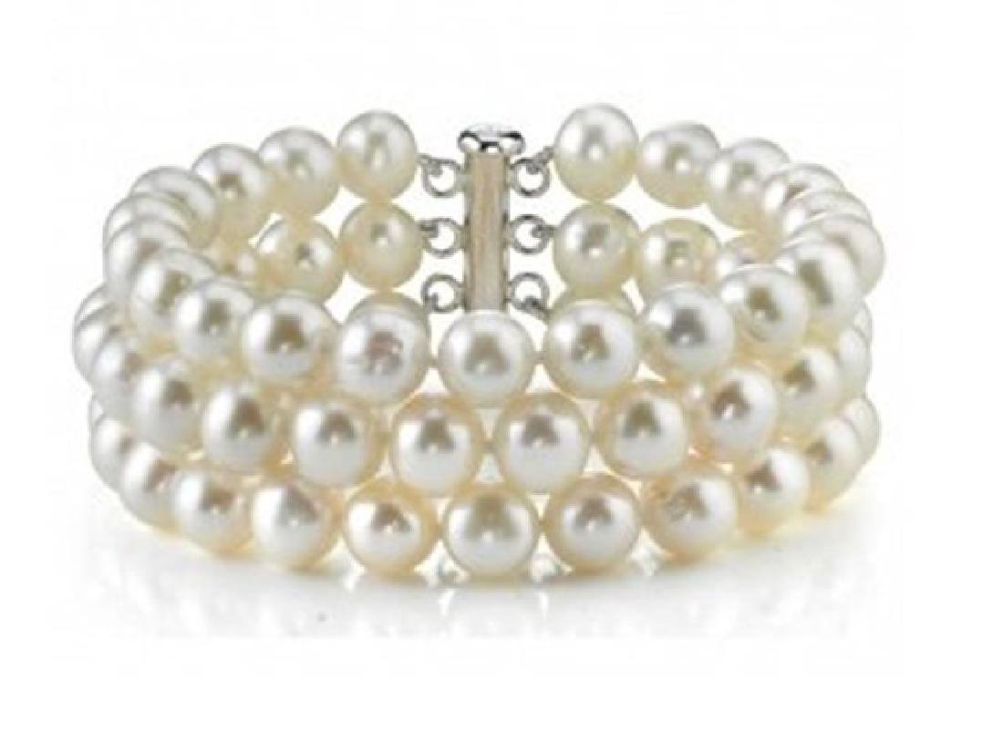 Stunning Culture Pearl Bracelet 3lay Size: 9-10mm