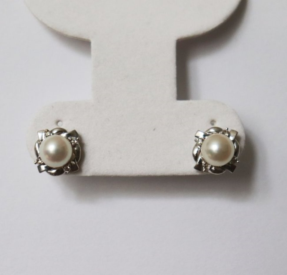7mm Akoya-Diamondl Stud Earring .12Ct 18k W/g - 2