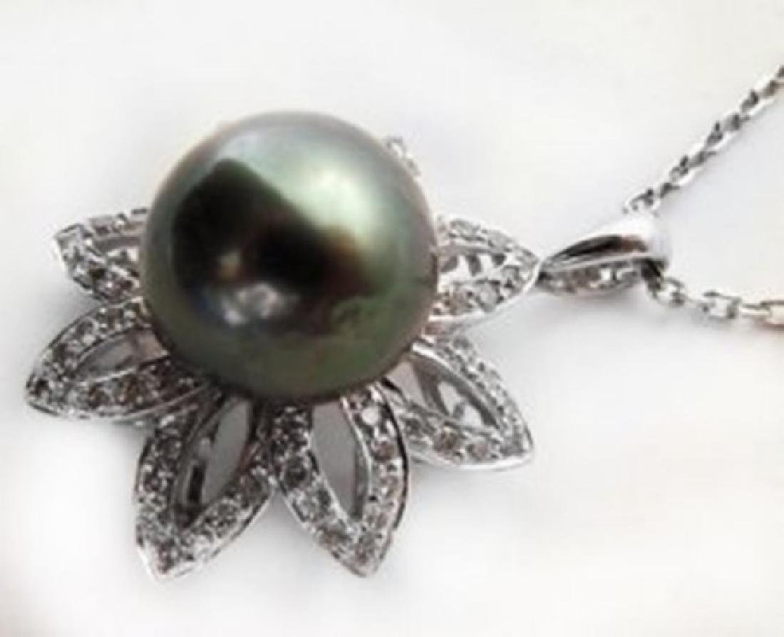 Tahitian Pearl 11 mm Diamond Earring 2.88Ct 18k W/g - 2