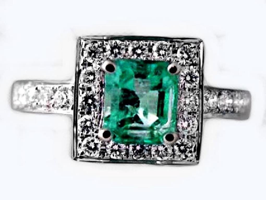 Emerald Ring 1.41CT Diamond: .68 CT14k W/g