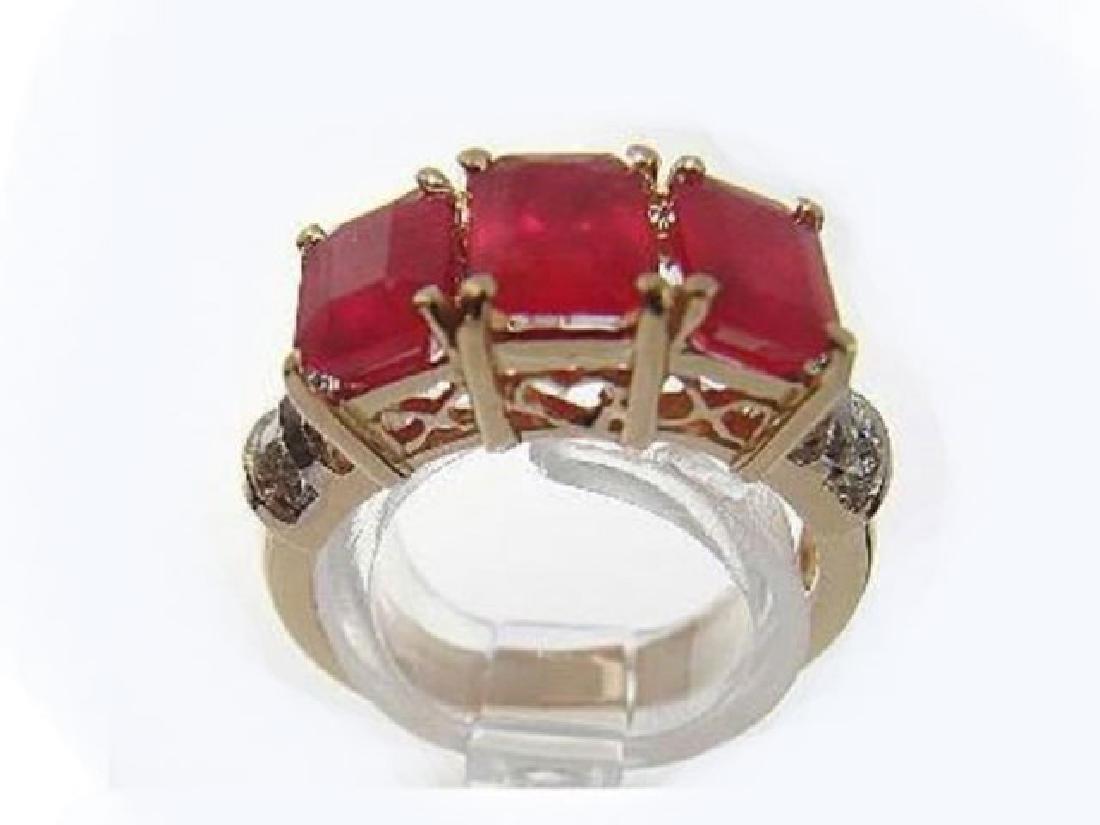 Ruby Ring 4.20Ct & Diamond .22Ct 14k Yellow Gold