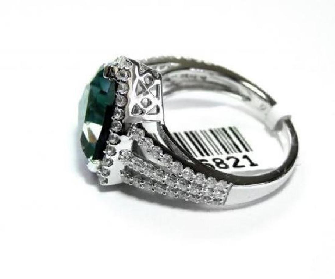 Creation Diamond: 1.Ct /Green Toumaline 4.56 Ct 18k W/g - 2
