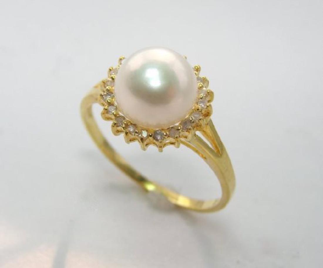 Akoya Pearl: 8mm/diamond: .10Ct  Ring 14kY/G