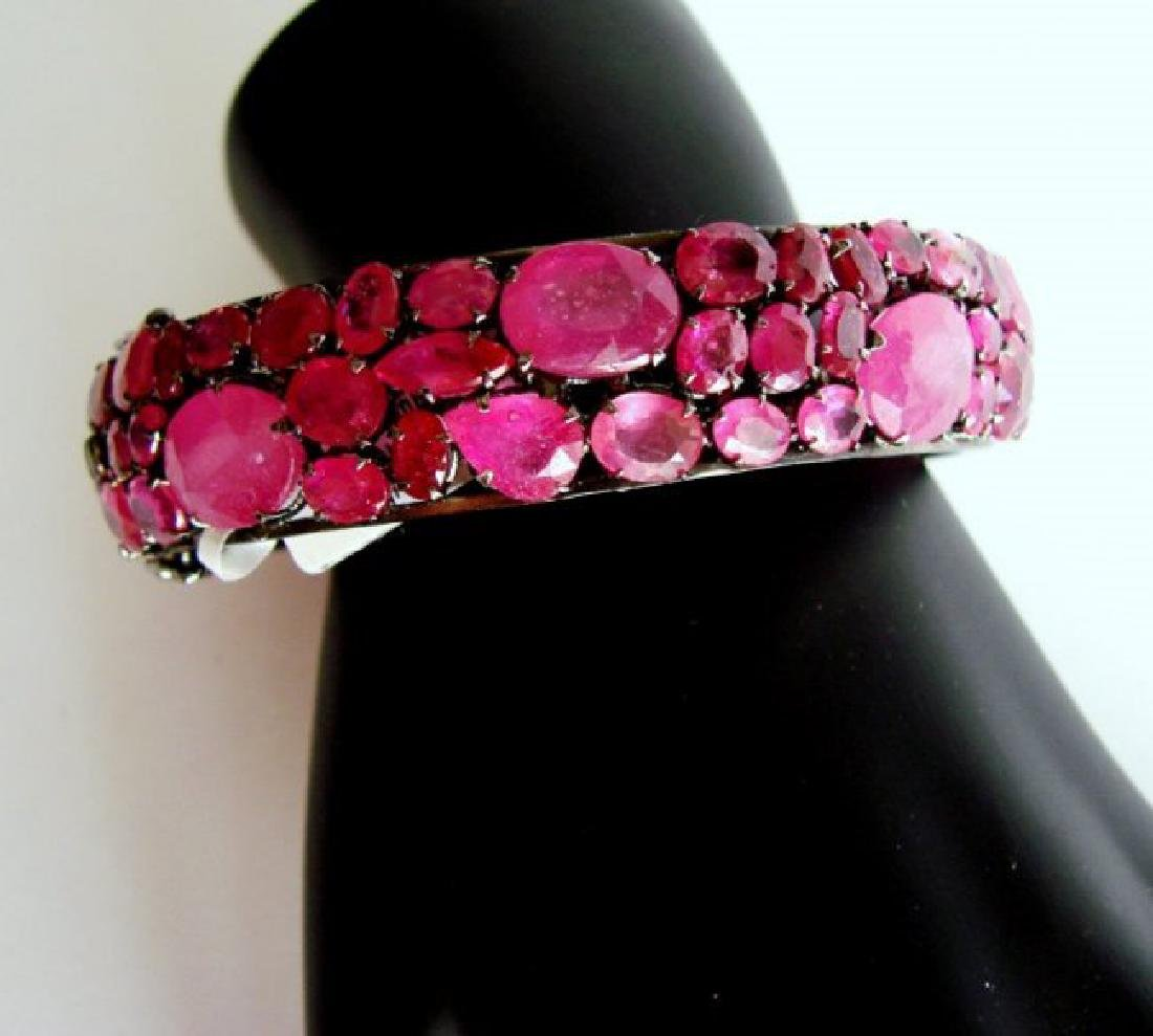 Natural Gems Ruby Bangle 109.42Carat 18k B/g Overlay
