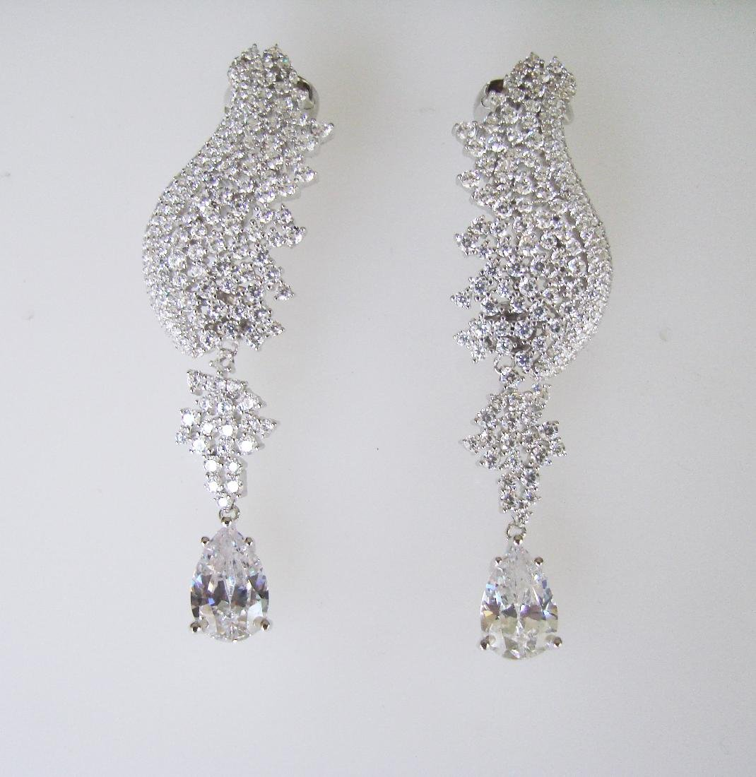 Creation Diamond Earring 22.58Ct 18k W/g Overlay