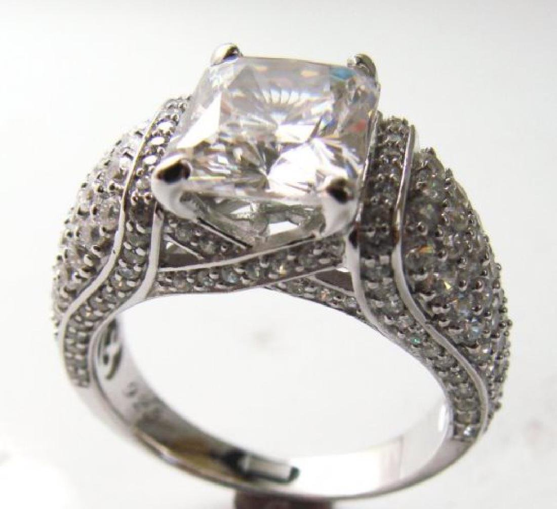 Creation Diamonds Ring 5.50ct 18k W/g Overlay