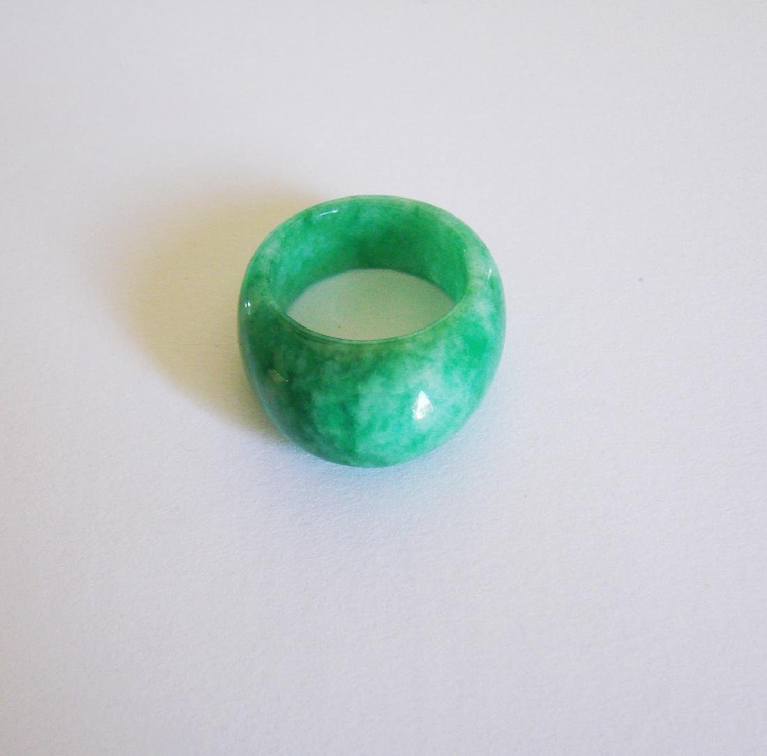Natural Chinese Jadeit Jade Dome Ring Grade A Size: 9