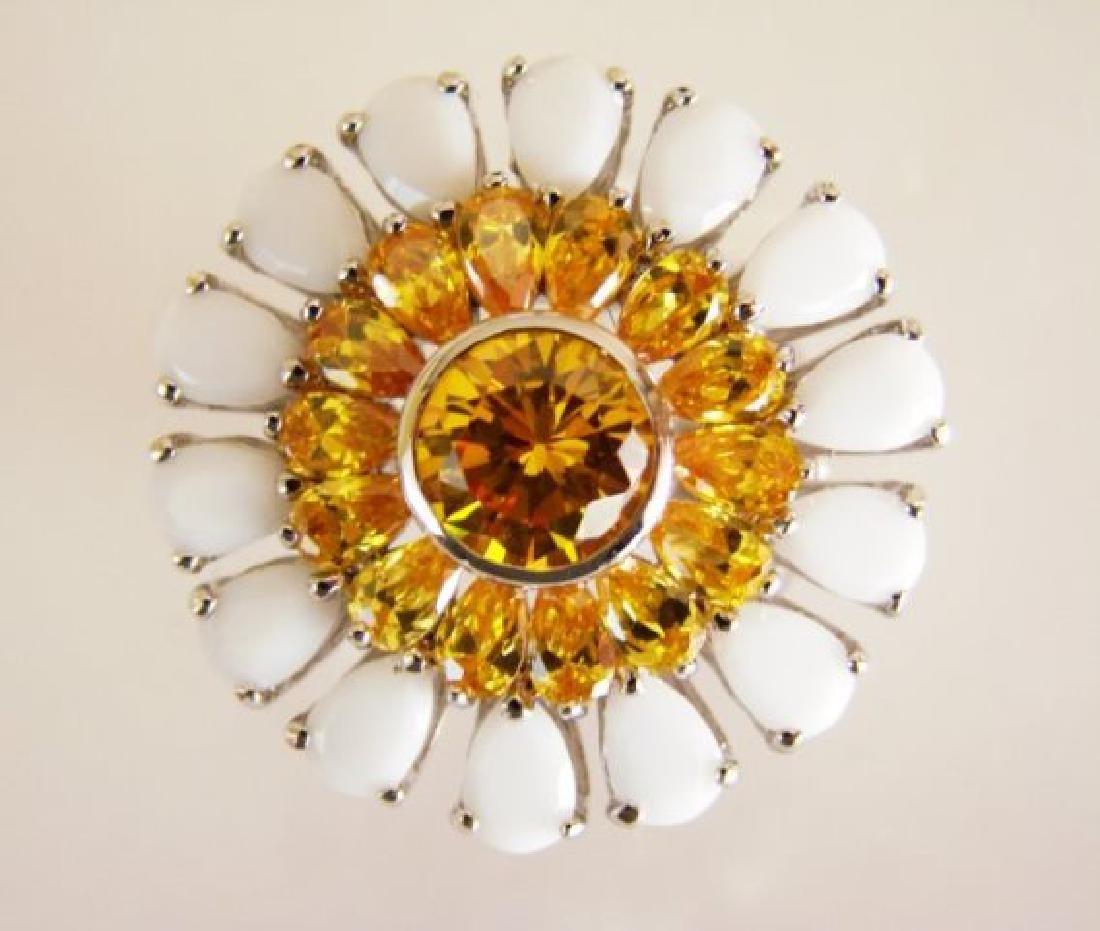 Creation Diamonds Ring 4.70ct 18k W-Y/g Overlay