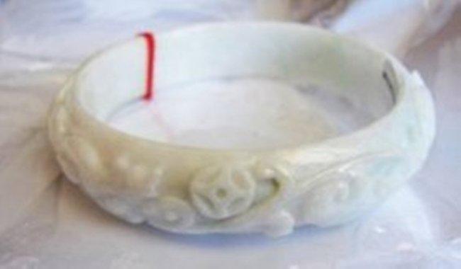 Natural Jadeite Jade Carved Ruyi Bangle Grade A SZ 7.25