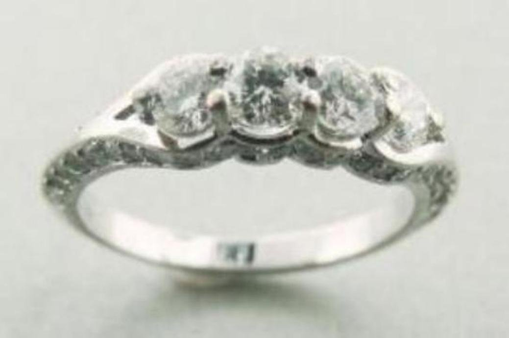 24: Engagement Ring 1.30 Carat with Solid 14k W/g