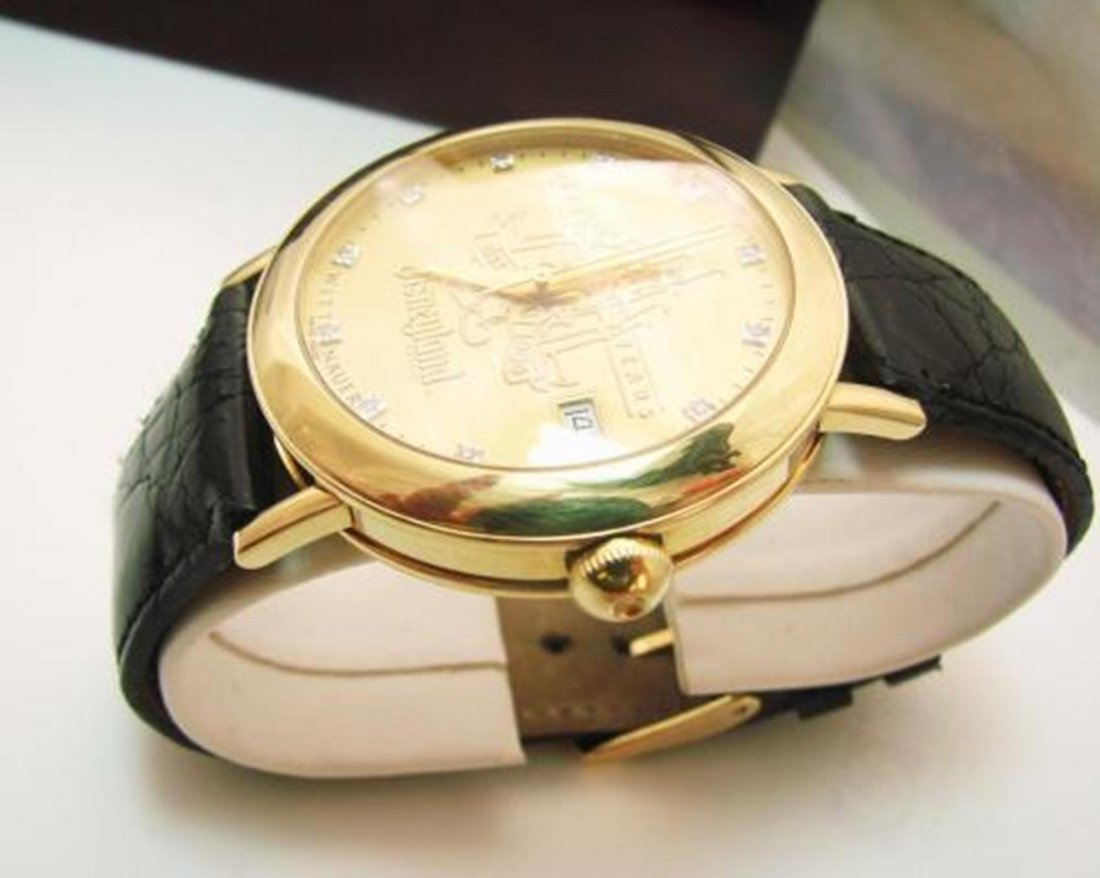 167: 18k Collection Man's Watch Disney's 50th - 2