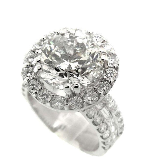 582: Anniversary Diamond Ring 4.00 Carat 14K W/G