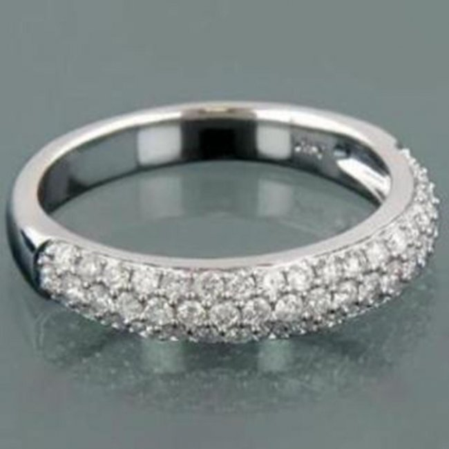 694: Stunning Woman's Diamond Ring 1.17 carat 14k W/G