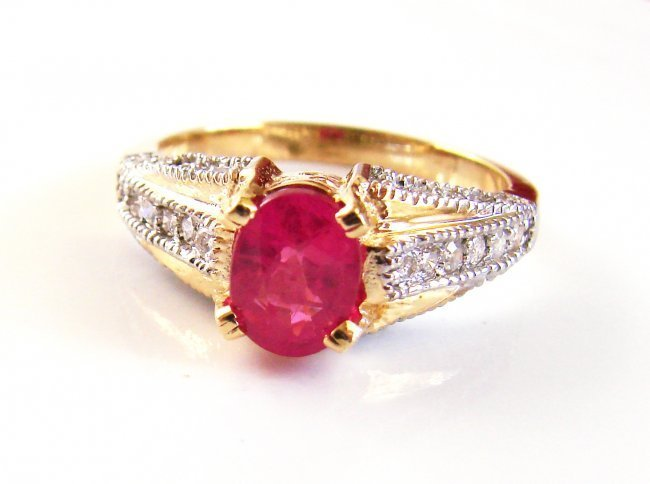 1072: Pink Sapphire Diamond Ring 1.80Ct 14k Yellow Gold