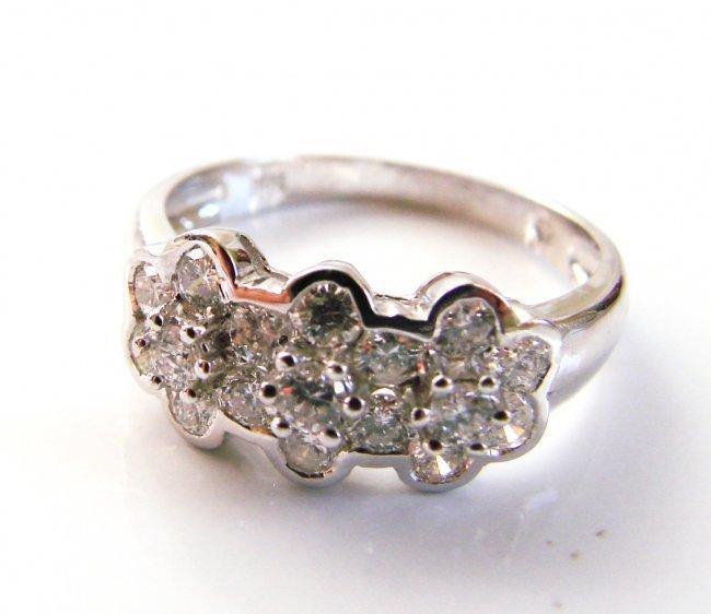 1074:Flowers Design Diamond Ring 1.00 Carat 14k W/g