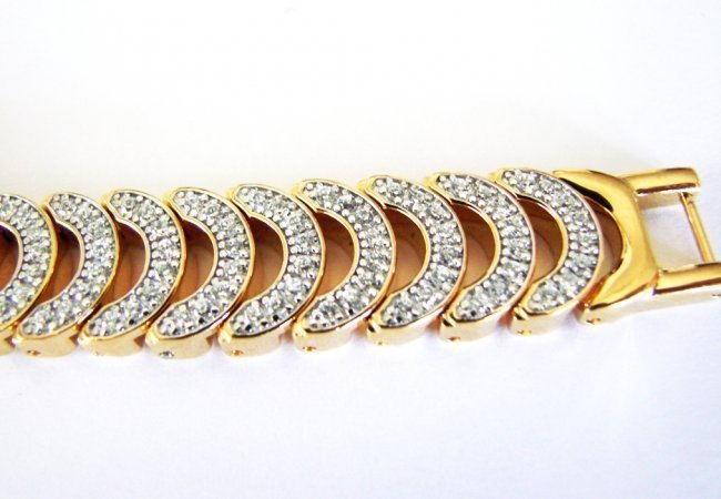 Wittnauer Ladies Watch Sapphire Crystals 18K Y/g Over - 6