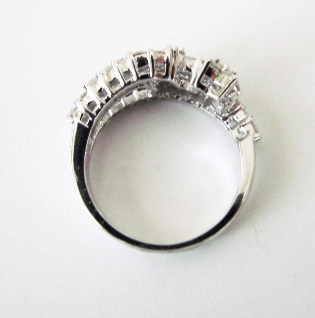 Anniversary Diamond Ring 2.08Ct 18k W/g - 3