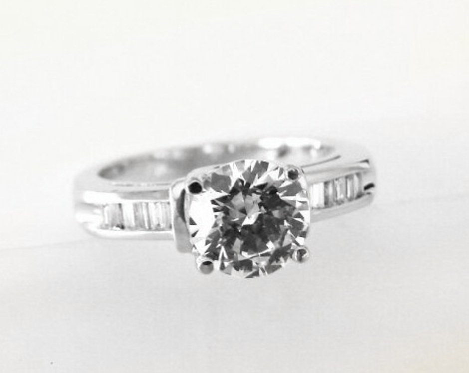 Wedding Diamond Ring 1.97 Carat 18k W/g - 3