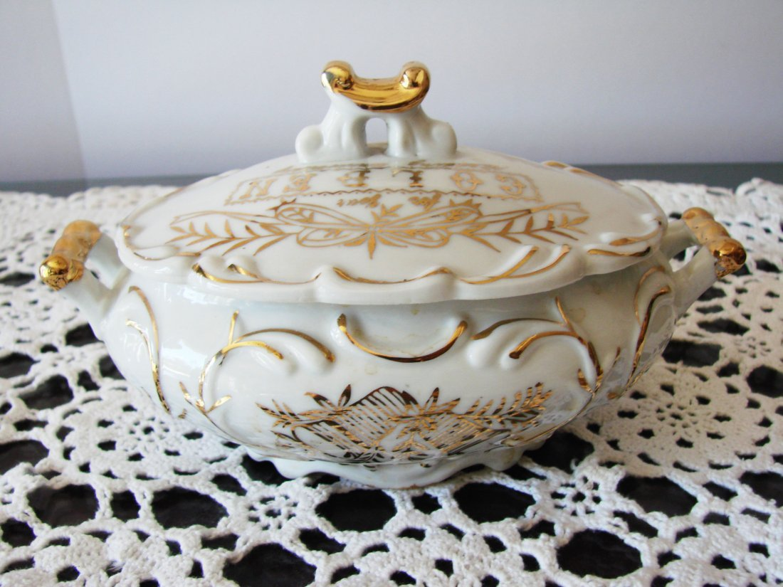 Ceramic Golden norcrest fine china