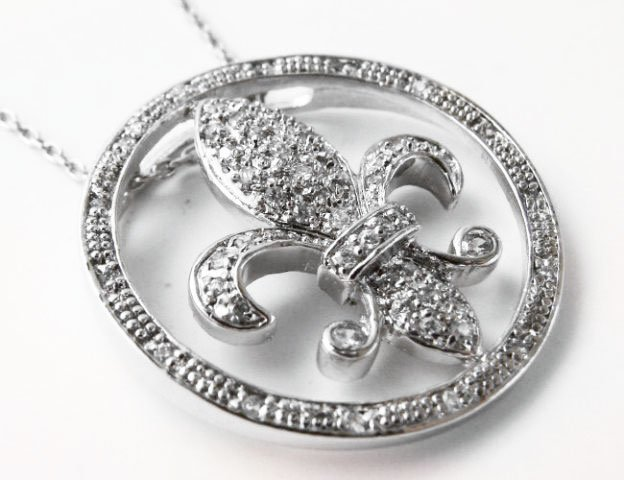 Fleur De Li Pendant Diamond Creation.55Ct 18kW/g - 2