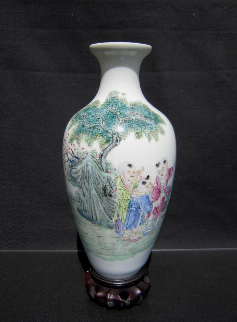 A Chinese Fa Lang Cai Enameled Porcelain Vase