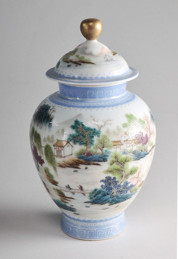 A Fine Chinese Famille Rose Porcelain Vase and Cover