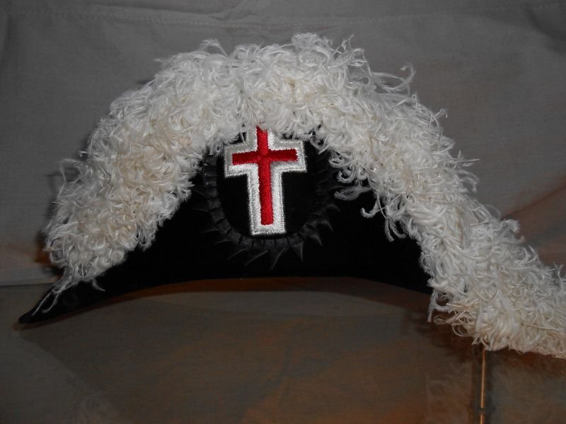 19: KNIGHTS TEMPLER HAT