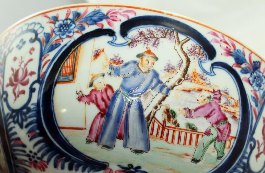 A Chinese Mandarin punch bowl - 10