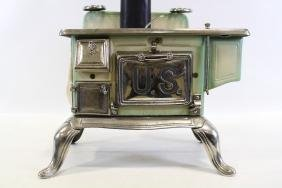 US Gothic 68-18 Salesman Sample Child's Toy Stove