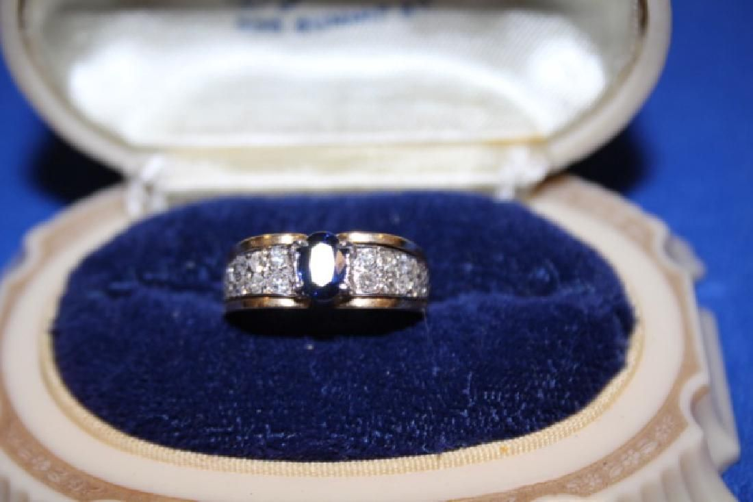 Lady's Ring - 14k Yellow Gold, w/ Diamonds & Sapphire