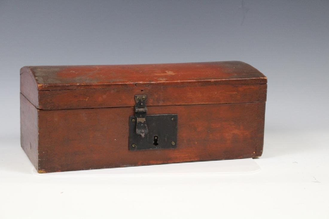 19th C New England / Pennsylvania Red Painted Box