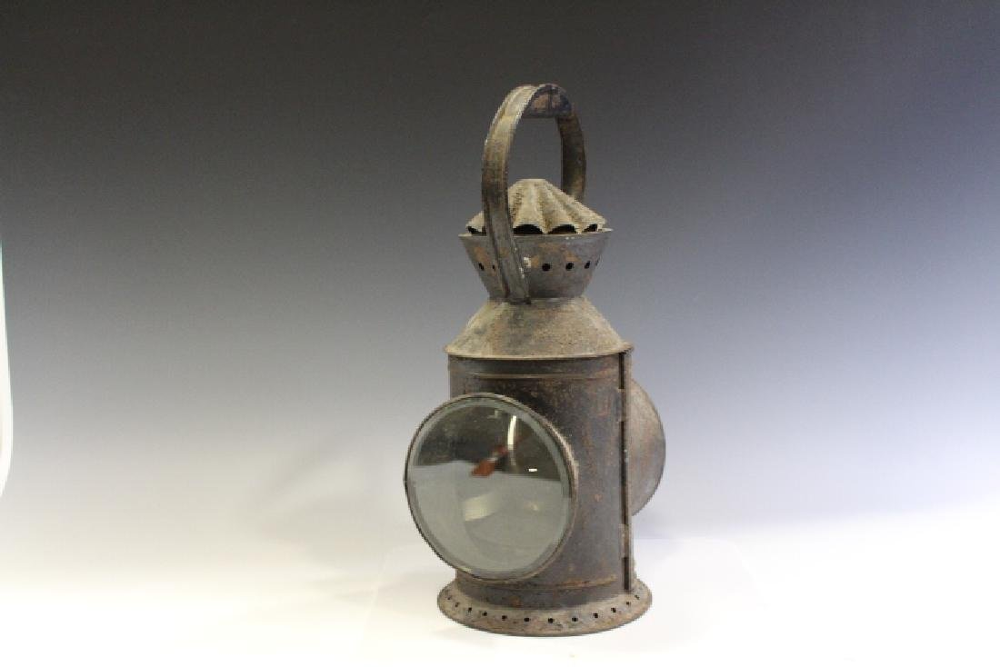 Early Signal Carry Lantern w/ Reflector